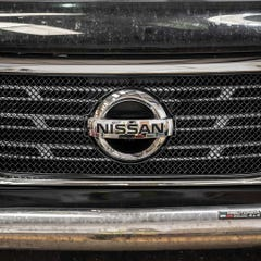 Front Upper Grille Stainless Steel (1 Pcs.) Nissan Navara NP300 (16 on)