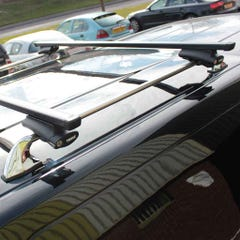 Thule Rapid Fit Traditional Black Bars NP300 (2016 on) Double Cab