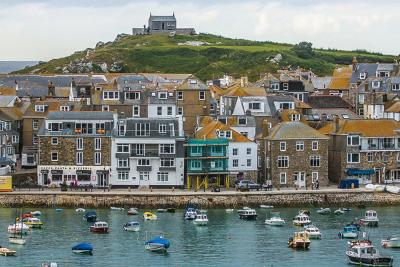 Cornwall is UK's Staycation Hotspot for Brits, According to New Study by Truckman.co.uk