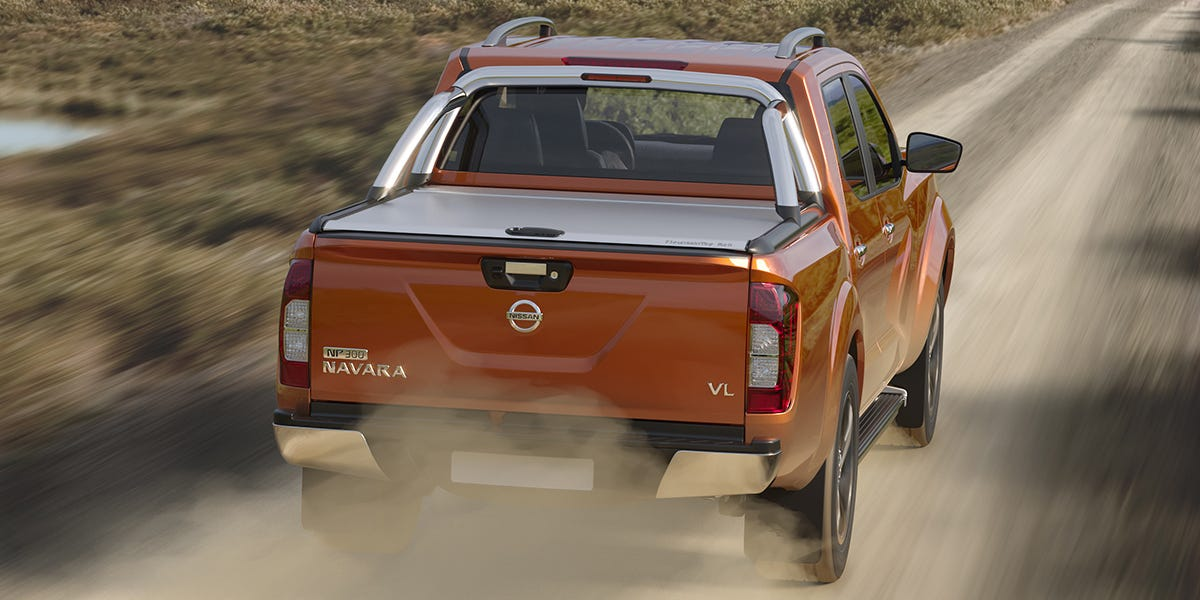Nissan Navara with a Mountain Top Roller Shutter